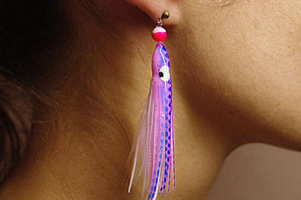 L'hameçon aux oreilles