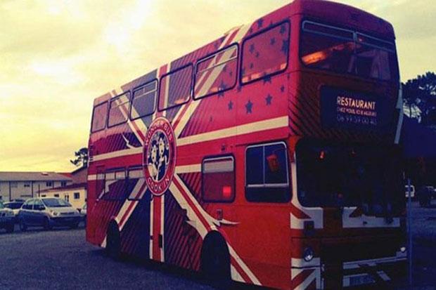 Manger dans un bus ?
