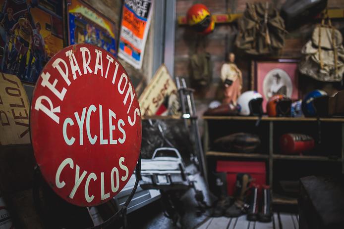 Enseigne réparation cycles à La Ruche Moderne à Anglet