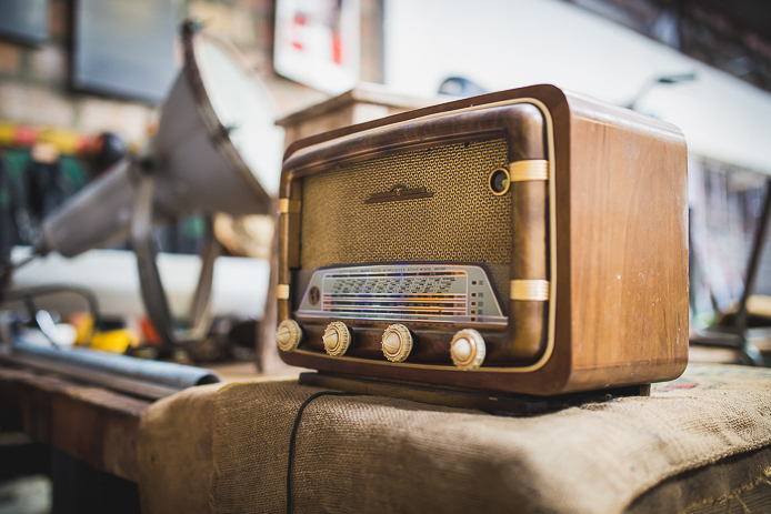 Transistor vintage en vente à La Ruche Moderne à Anglet
