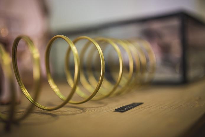 Bracelet or cuivre Cécile Pic : en vente chez Rockmafia Biarritz.
