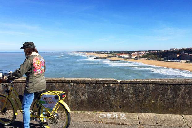 Balade avec les vélos électriques Pedego à Biarritz.