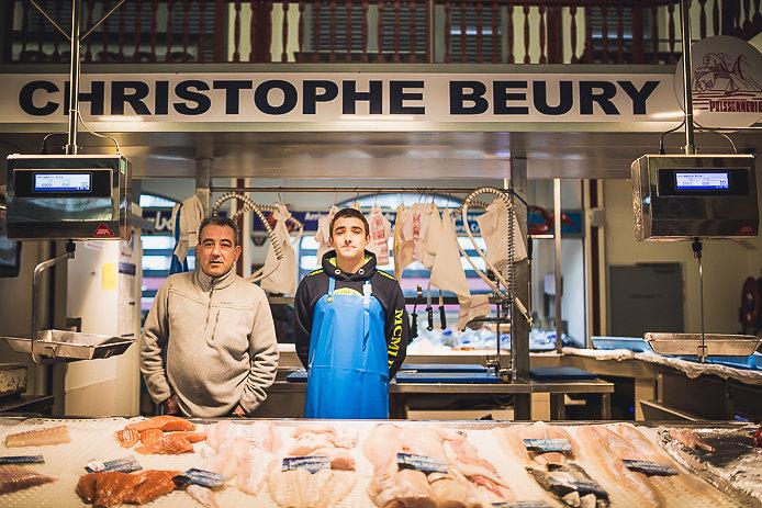 Christophe Beury le poissonnier des Halles de Biarritz.