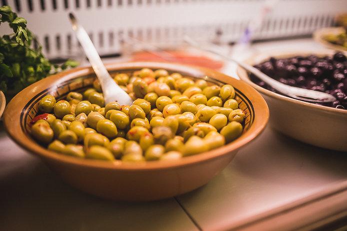 Olives de Chez Rachid au Halles de Biarritz.