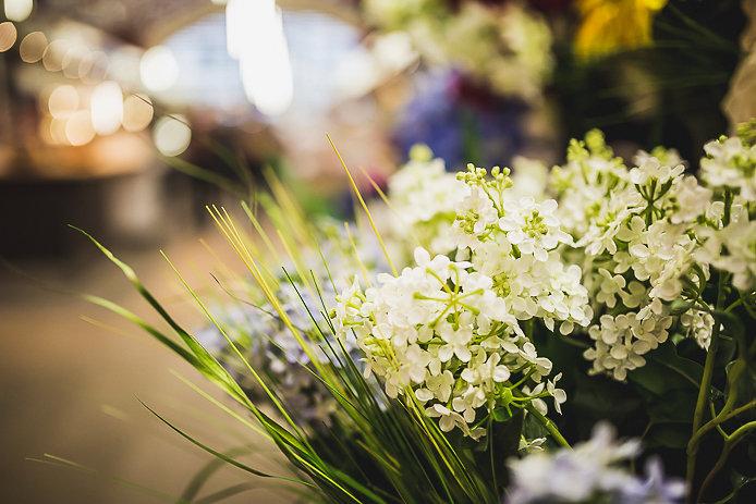 Fleurs du marché des Halles de Biarritz.
