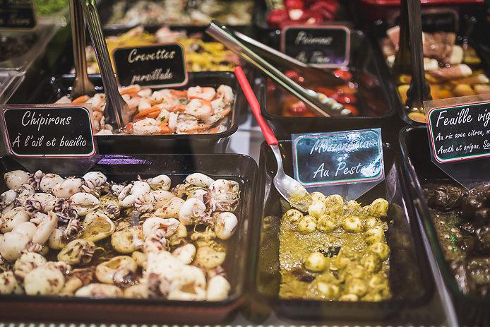 Spécialités italiennes au marché des Halles de Biarritz.