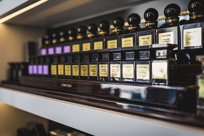 Parfums de la gamme privée Tom Ford en vente chez Pure Essence à Biarritz.