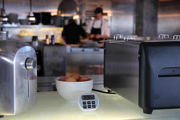 Oeufs au petit déjeuner à l'hôtel restaurant LA Corniche à Pyla sur Mer.