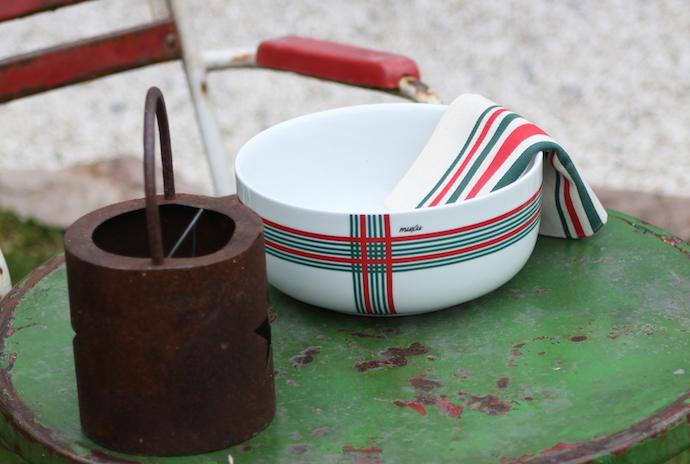 Saladier Muxu modèle Donibane de la nouvelle marque de vaisselle basque.