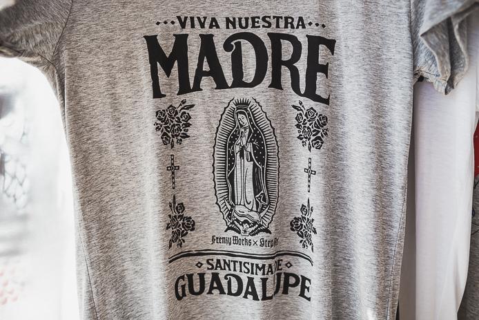 Tee-shirt StepArt Madre Guadalupe en vente à Hossegor.