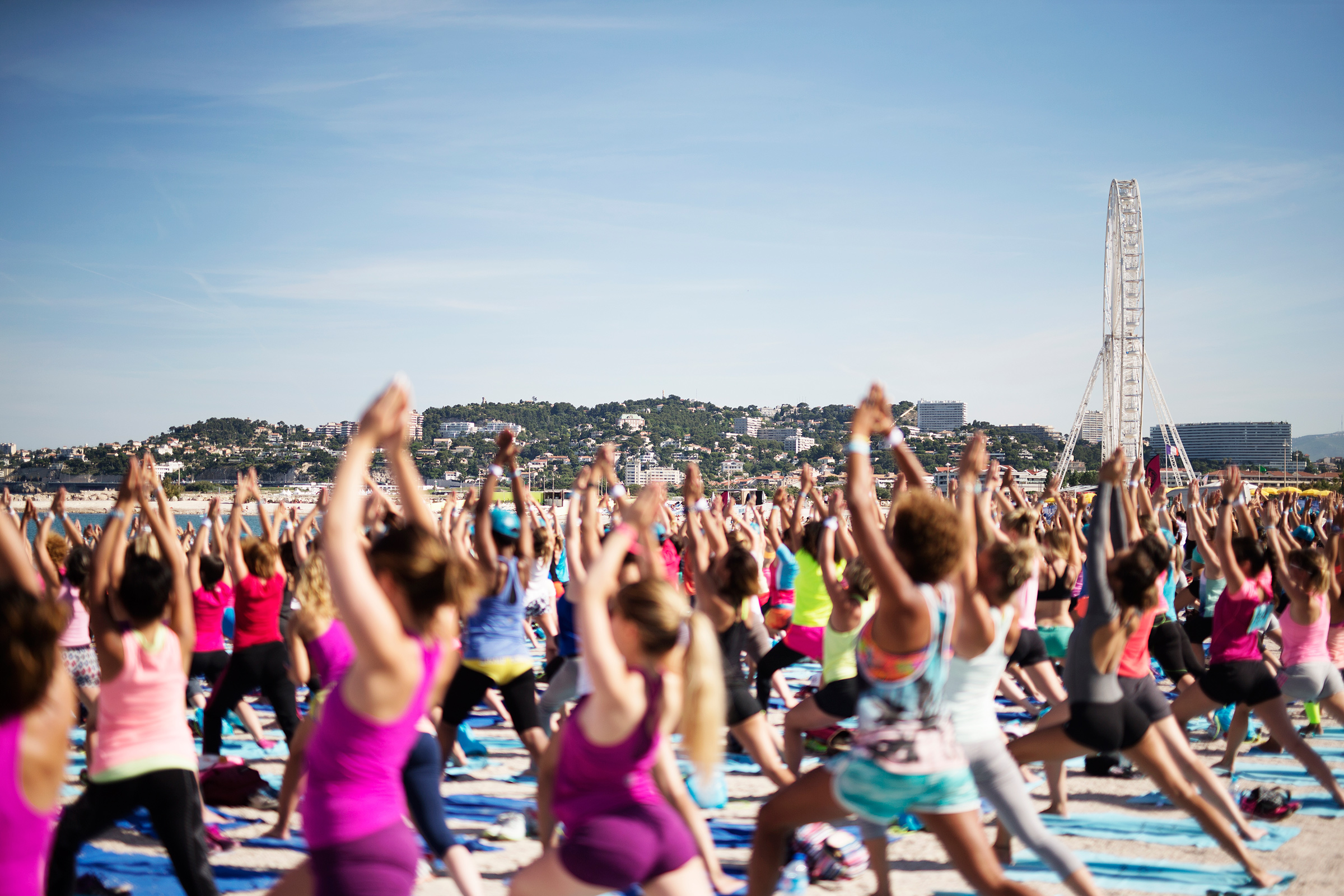 roxy fitness tour yoga