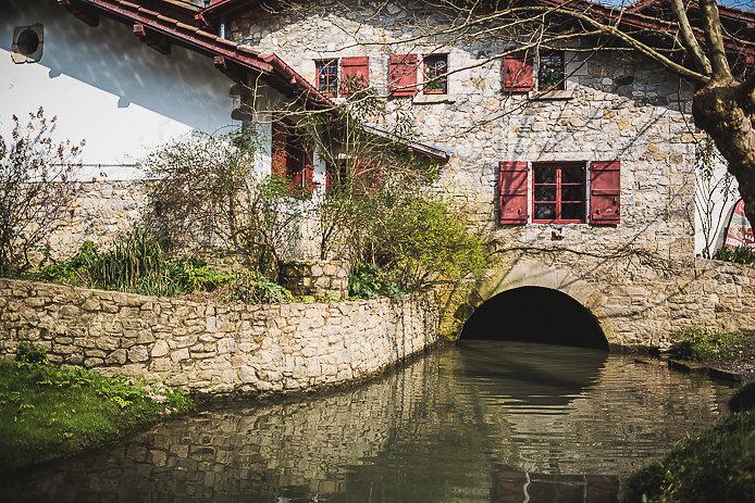 Le Moulin de Bassilour à Bidart au Pays basque.