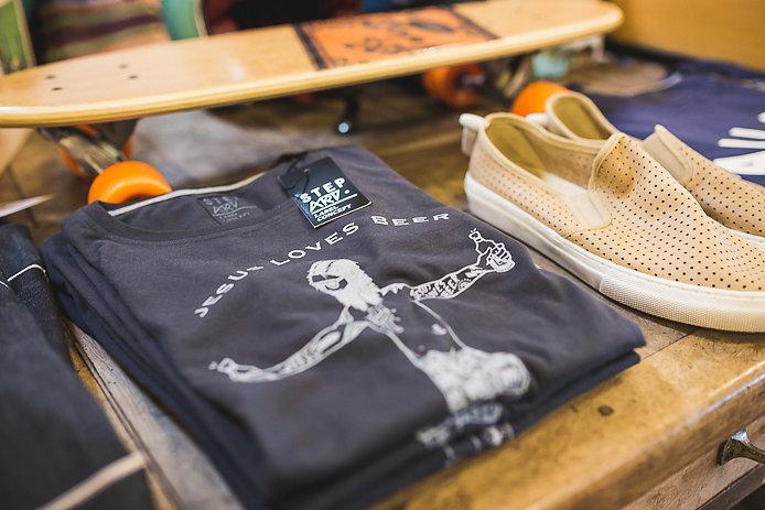 Tee-shirt Stepart en vente dans le shop All Good à Soorts Hossegor.
