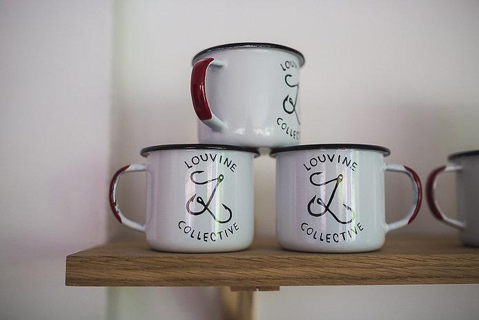 Tasses emaillées Louvine au shop 45 avenue du penon à Seignosse.