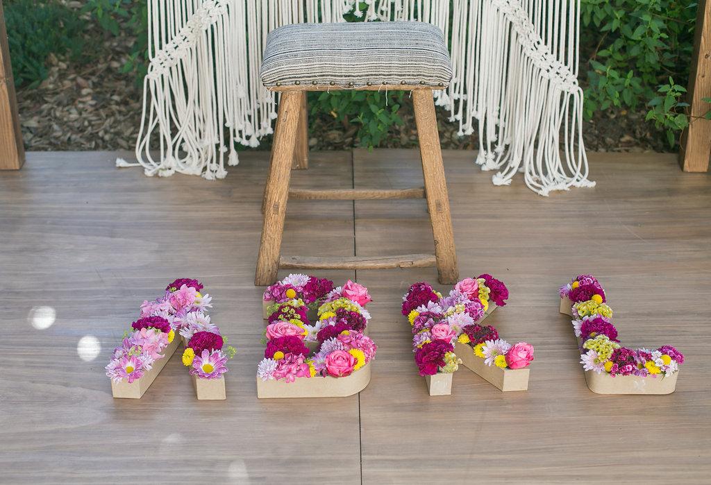 composition florale par Lady brindille <a href='' style='text-decoration:none;color:#555;'>pour A</a> Bikini Kinda Life de Billabong
