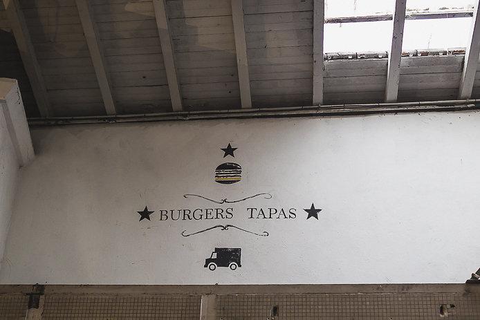 Graphisme Burger Bagel tapas et jambon Chez Renauld à St-Jean de Luz.
