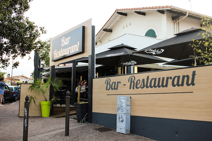 Restaurant Dune Café à La Centrale Hossegor dans les Landes.