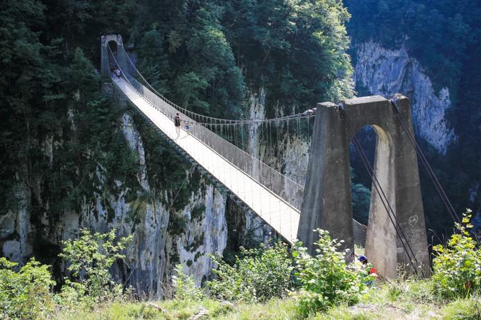La Passerelle d'Holzarte à Larrau au Pays basque.