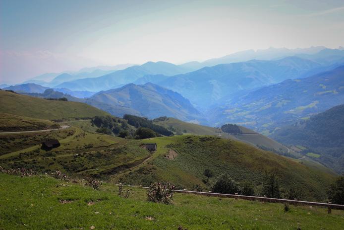La montagne basque Iraty dans la Soule.