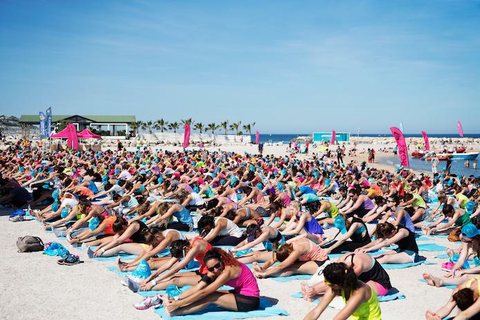 Yoga pour le Roxy Run Sup Yoga à Marseille.