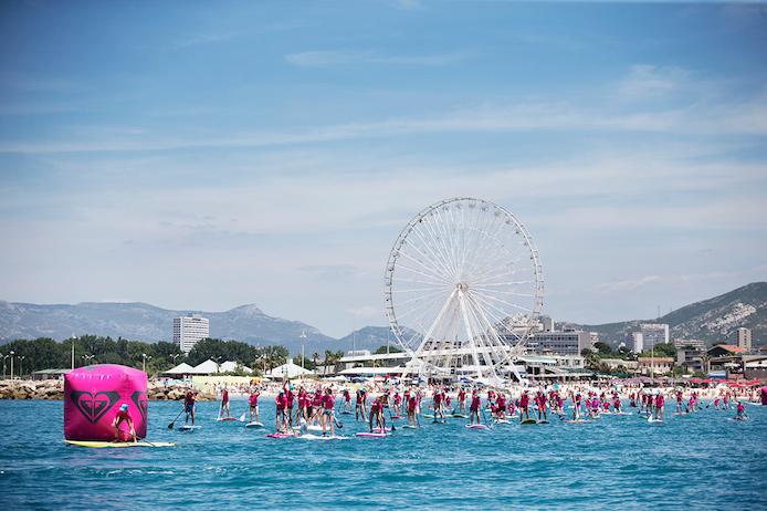 Epreuve de Stand-Up paddle lors du Roxy #RunSupYoga à Marseille.