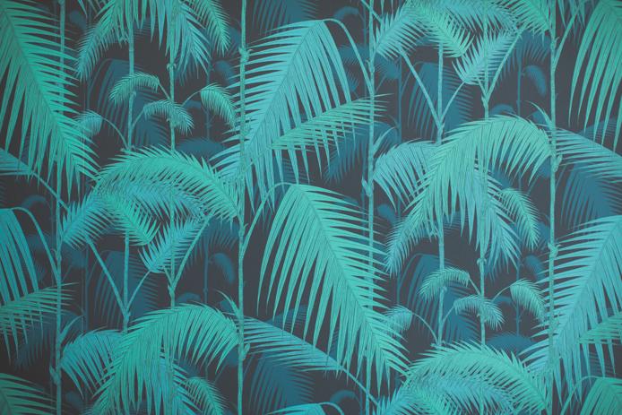 Papier peint imprimé fougères de la chambre panoramique surf à Hotel Baya à Capbreton.
