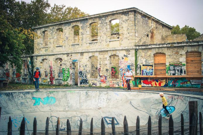 Bowl pour skateurs chez Darwin à Bordeaux Rive droite