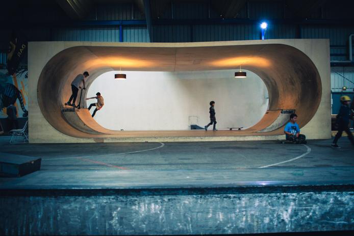 House bowl du skatepark indoor de la Caserne Niel Darwin à Bordeaux aux quai