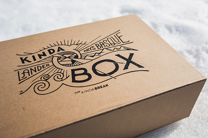 La Kinda Box de Noël illustrée par l'artiste Steven Burke pour Kinda Break.