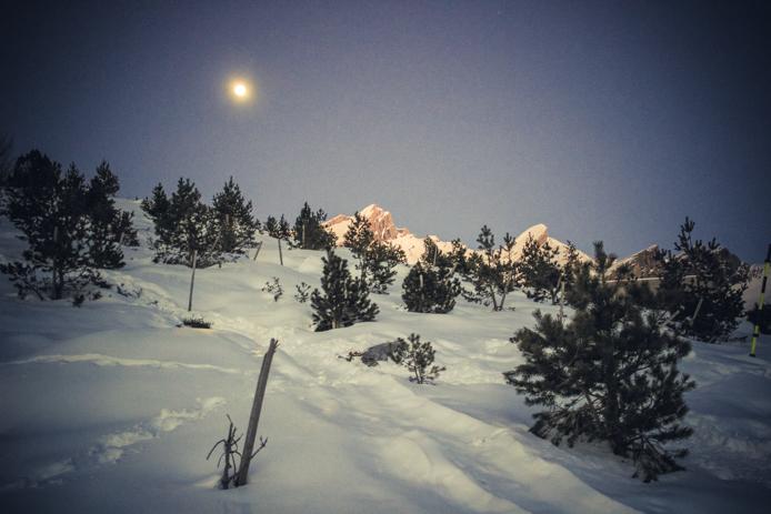 Balade de nuit en raquettes à Gourette