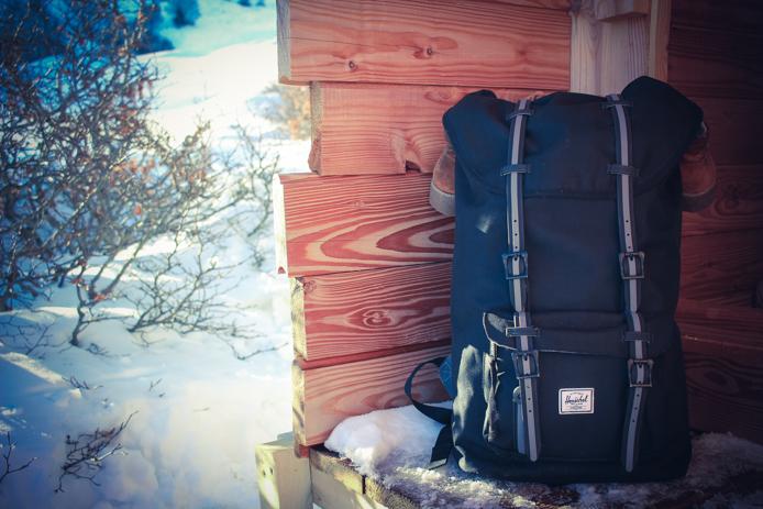 Sac Herschel pour une nuit en snow pod à Gourette