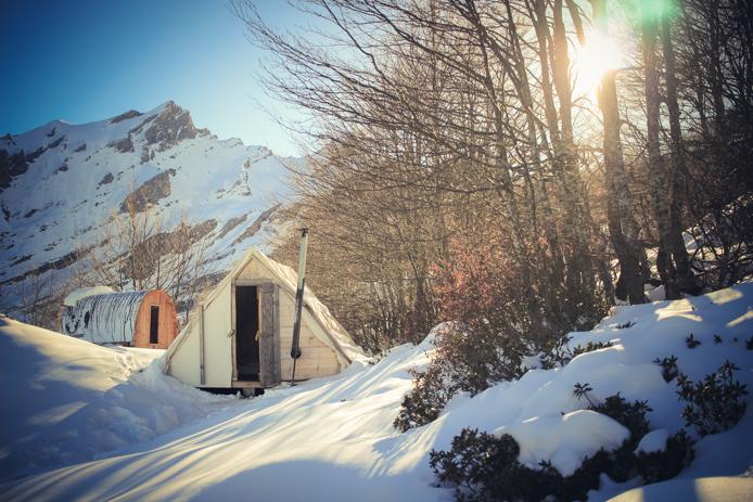 Nuit en tente, igloo et snowpod à Gourette