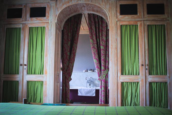 Chambre de l'hotel Sources de Caudalie à Bordeaux.