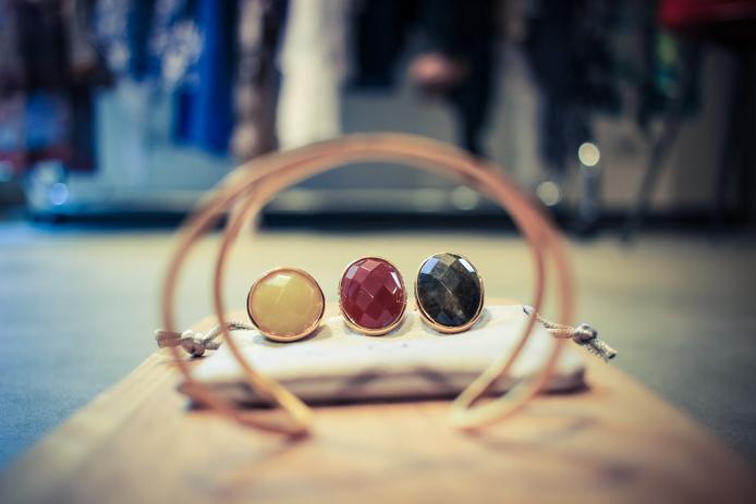 Bijoux Lucas Jack, bagues et bracelet en vente chez Jazz The Glass à Biarritz