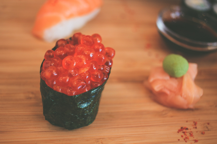 Sushis aux oeufs de saumon You Sushi