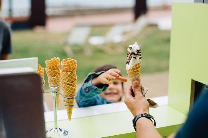 Yaourt glacé en cornet chocolat Marguerite du Pré