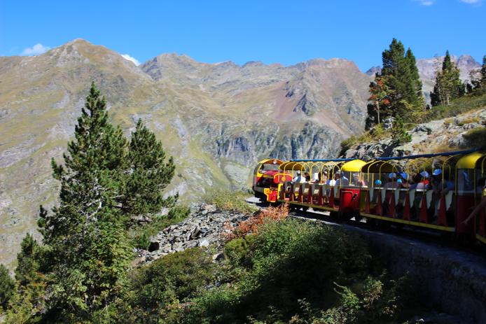 Petit Train d'Artouste dans les Pyrénées Vallée d'Ossau
