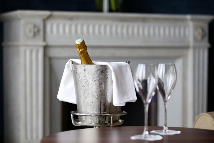 Champagne à l'hôtel Regina Biarritz