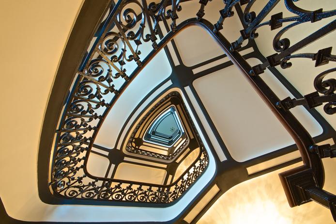 Escalier de l'hôtel Regina à Biarritz