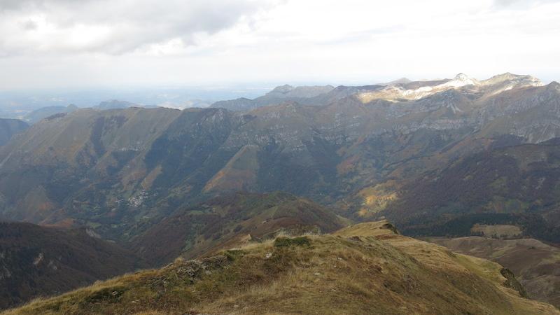 Lac du Montagnon en Vallée d'Ossau dans les Pyrénées.