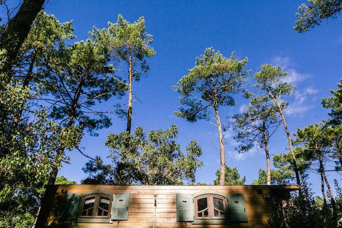 Hébergement insolite Lo Rey du Lac à Hossegor dans les Landes : la roulotte