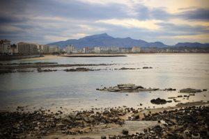 Saint-Jean de Luz, la grande plage et la rhune