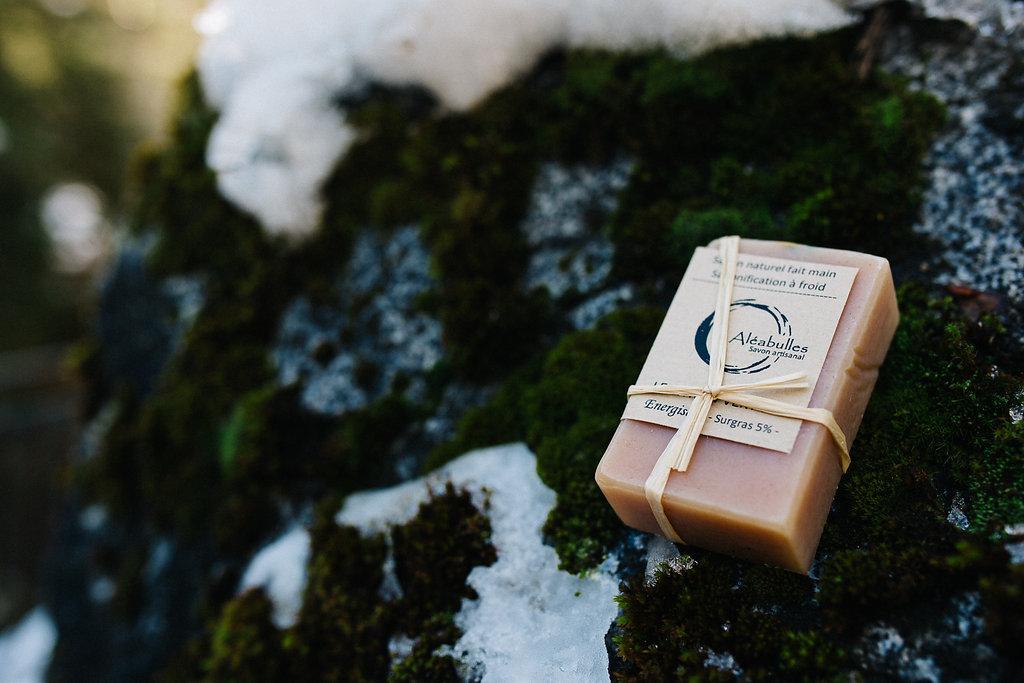 Savon à froid artisanl Aléabulles Landes dans la Kinda Box