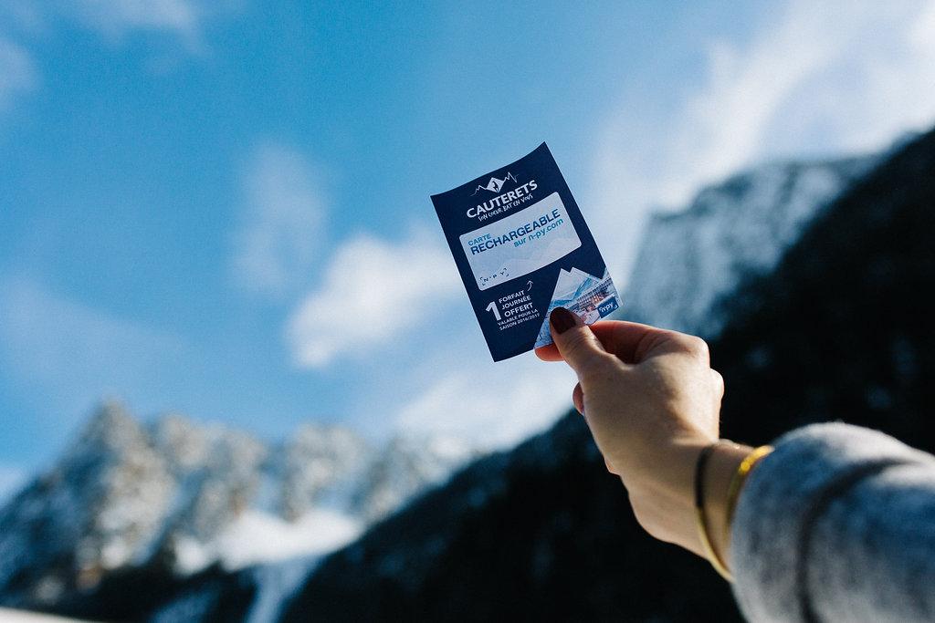 Forfait de ski pour la station de Cauterets dans les Pyrénées dans la Kinda Box