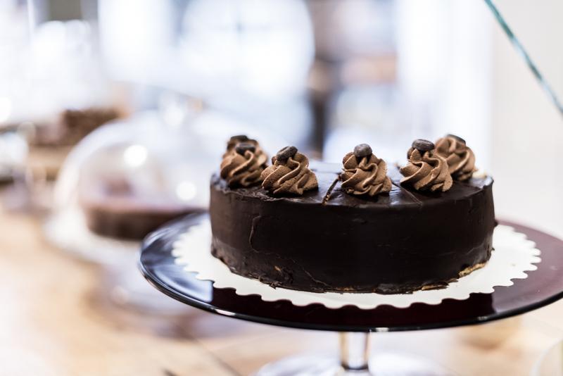 Josie Factory; coffee shop à Bayonne, gâteau au chocolat.