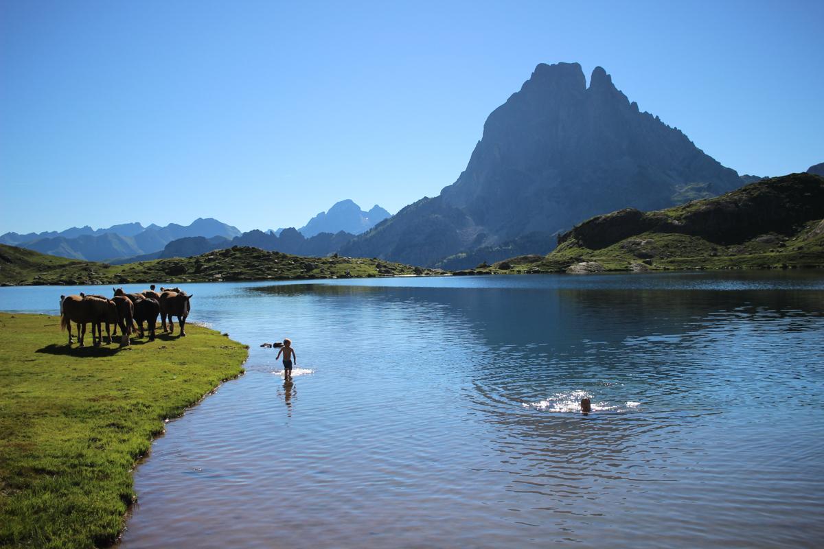 Randonnée des Lacs d'Ayous dans les Pyrénées
