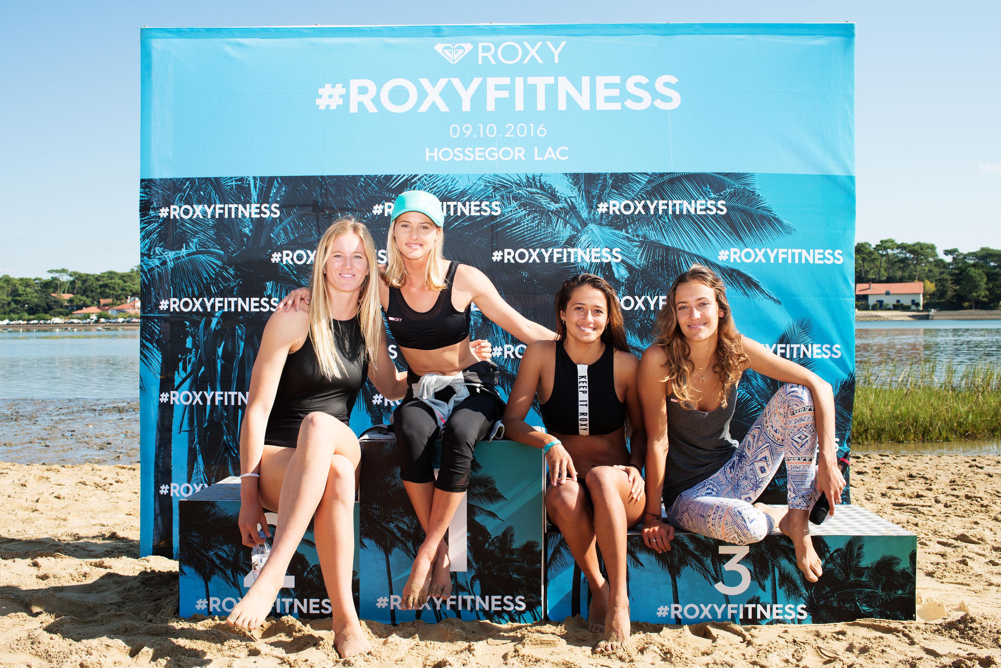 #RoxyFitness au lac d'Hossegor en octobre dans les Landes avec les surfeuses pro