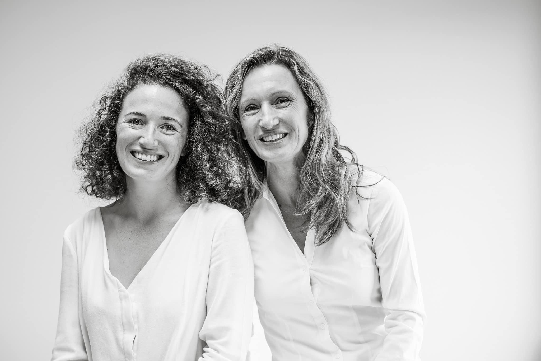 Anne et Sylvie Peres, créatrices de la gamme de cosmétiques Alaena à Biarritz.