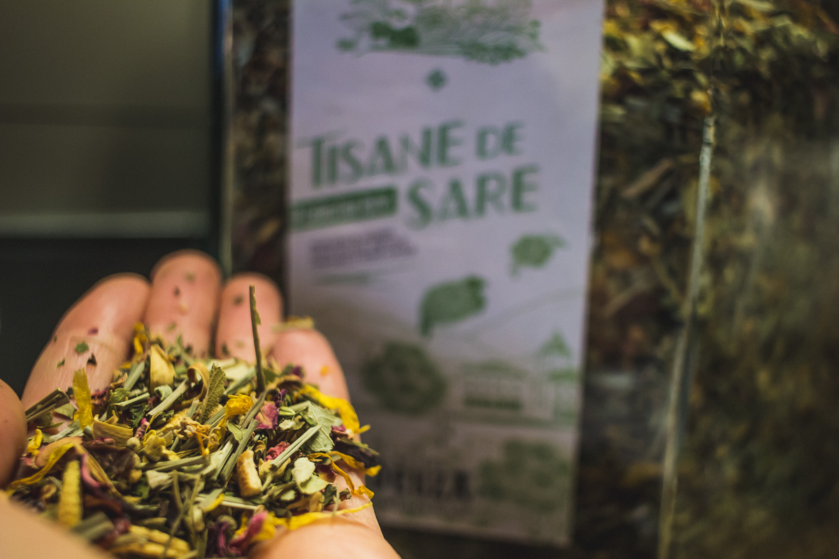Maison Deuza à Saint-Jean-de-Luz torréfacteur de café et thé et tisane.