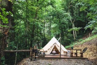 Nuit insolite dans l'hebergement du Perchoir des Pyrénées à Bagneres-de-Bigorre dans la tente tipi